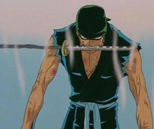 Ele usa um haramaki. Não preciso falar mais nada.